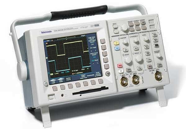 Tektronix TDS3052B 2 Channel, 500 MHz, Digital Phosphor Oscilloscope